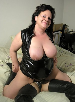 Big Boobs Latex Porn Pictures